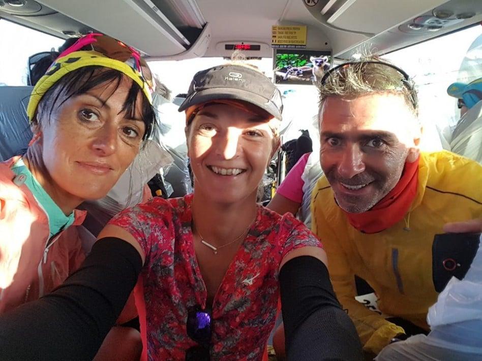 Selfie entre amis sur le Half Marathon des Sables